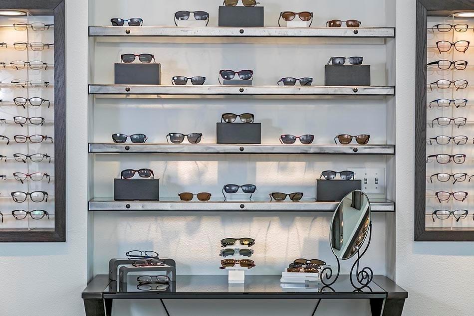 Aspex shelves Jan 2015